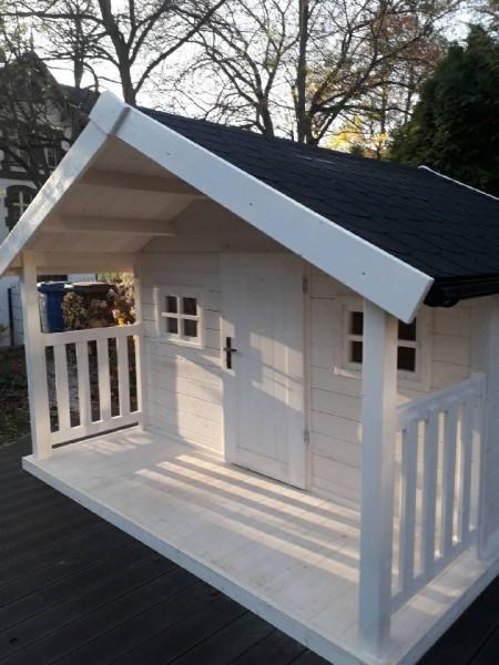 drewniny domek