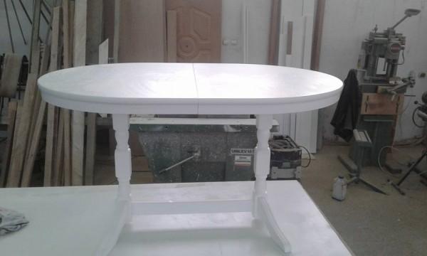 stolik drewniany bialy